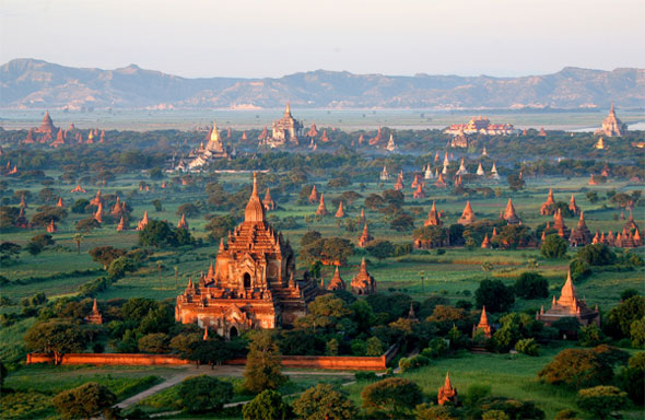 "Bagan - the ""City of Four Million Pagodas"""