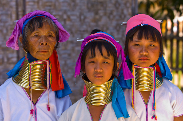 Padaung tribe, long neck ladies in Myanmar