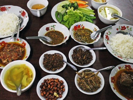 Myanmar popular dishes