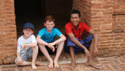 travel to Myanmar with kids