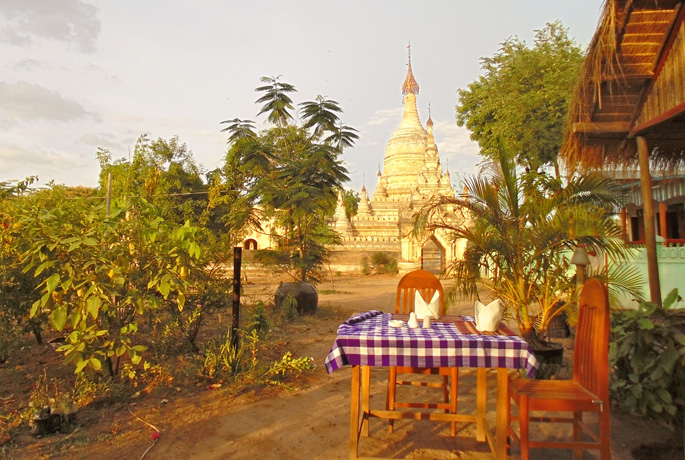 Star Beam Restaurant in Bagan