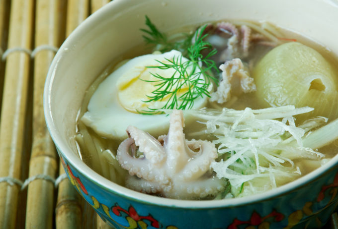 Travel to myanmar for 7 best foods that enchant you for Rice noodle fish