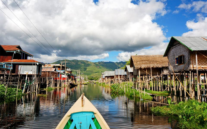 Boat trip to Inle Lake in Myanmar